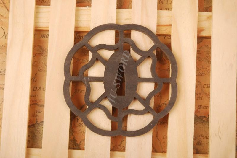 Iron Tsuba Hand Guard For Japanese Samurai Sword Knives Katana Wakizashi Ht030